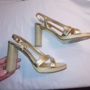 Gucci Shoes - Gucci Gold Heels - Vintage mid-90's